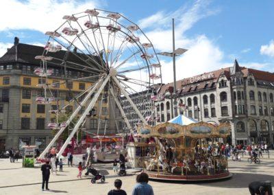 Oslo S, sirkus og senter